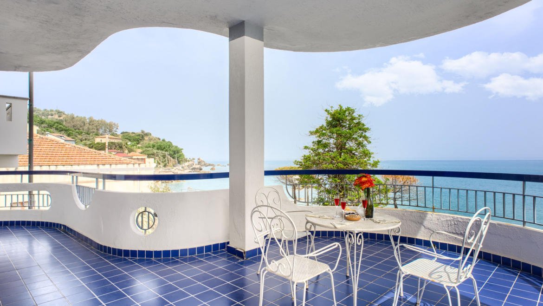 CAPO D'ORLANDO villa sul mare